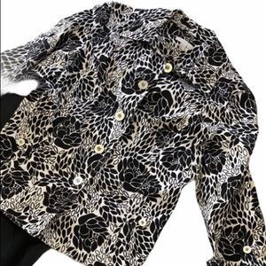 4/$25 Charter Club black and white floral jacket size XL